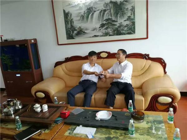 国家南昌经济技术开发区调研员莅临南昌爱乐科技发展有限公司调研